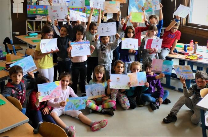foto seconda-b-scuola-sanzio-trento - Progetto Ponte Educativo Mediterraneo Venezia Pesce di Pace.JPG